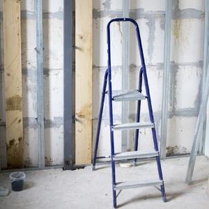 Escadas e Banquetas Domésticas