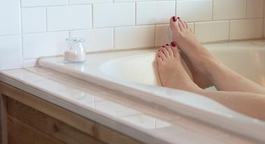 5 ideias de banheiras Jacuzzi para banheiros pequenos