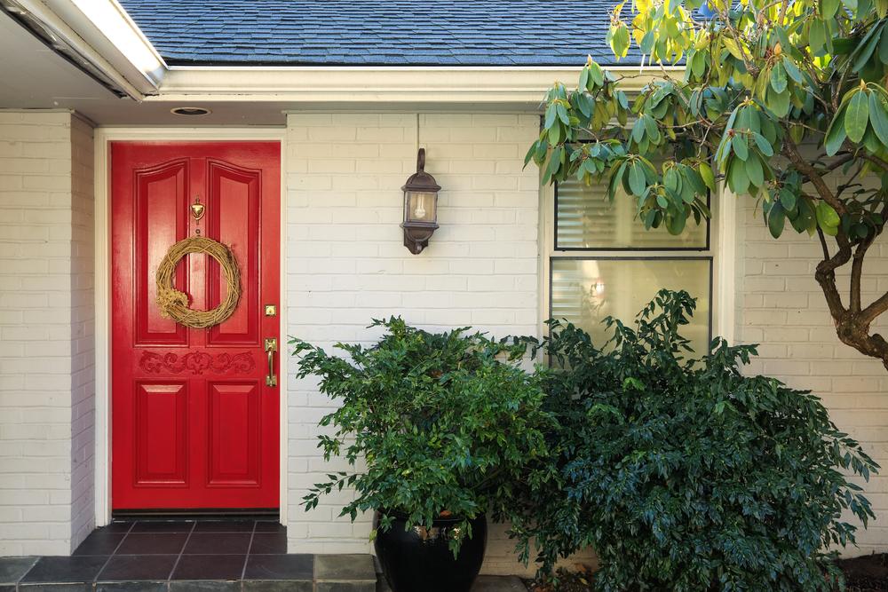 5 ideias para decorar a fachada e o muro de casa