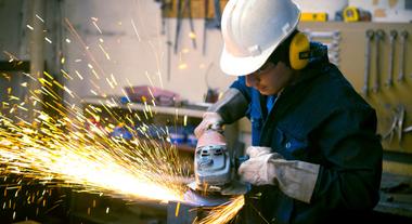 A facilidade das ferramentas elétricas portáveis