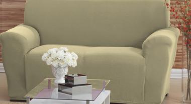 Acessórios para sofás ajudam a decorar e a organizar