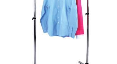 Araras são opções práticas para organizar suas roupas