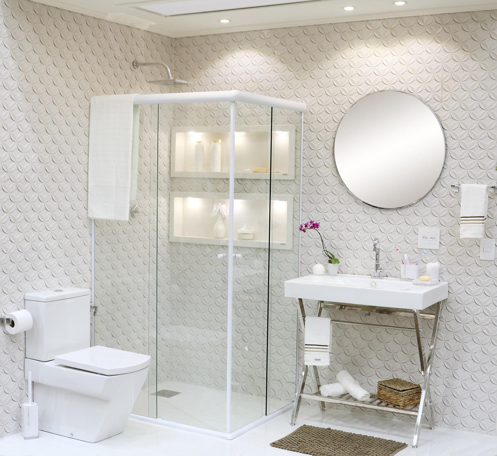 Banheiro Grande Com Decoração Clean Leroy Merlin