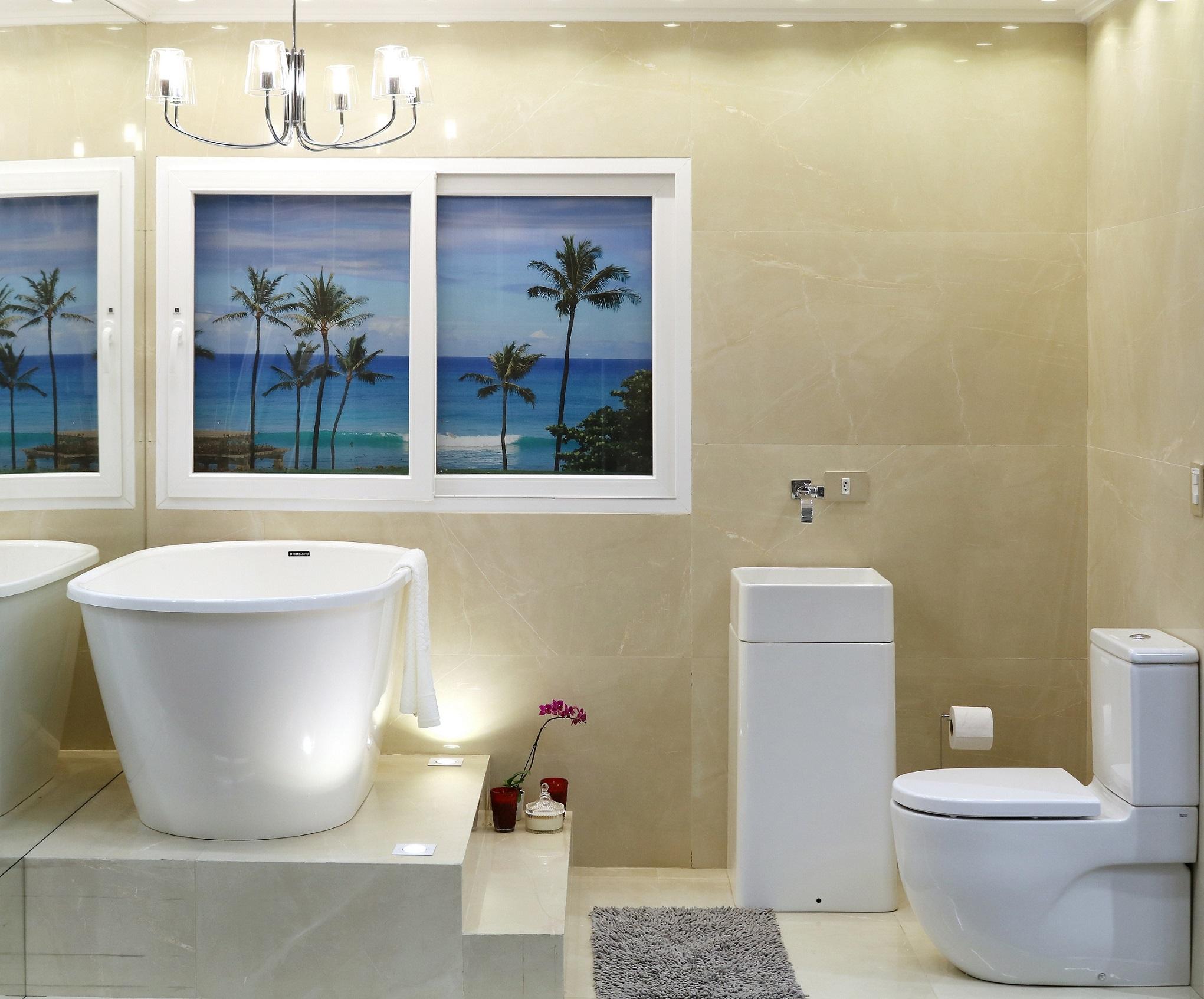 Banheiro grande com porcelanato e banheira leroy merlin - Maceteros grandes leroy merlin ...