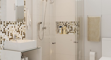 Banheiro pequeno decorado com pastilha adesiva