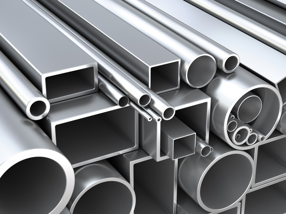 Bases e tubos de ferro metalon: entenda como eles podem ajudar a criar um portão do zero