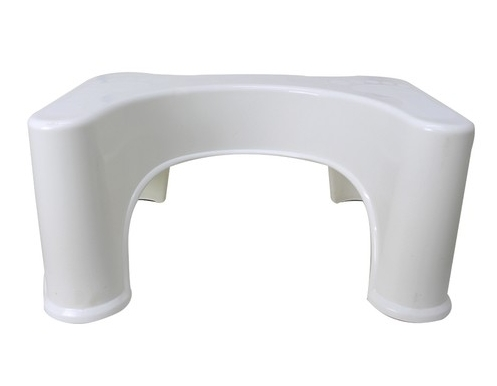 Cadeira de banho, banco ergonômico e mais: descubra a importância desses facilitadores de banheiro para a acessibilidade dentro de casa