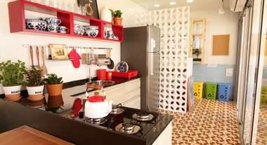 Casa Viva: cozinha integrada com área de serviço