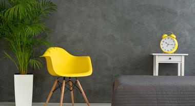 Cinza está em alta para paredes, objetos e até marcenaria: veja como usar sem deixar a casa apagada demais