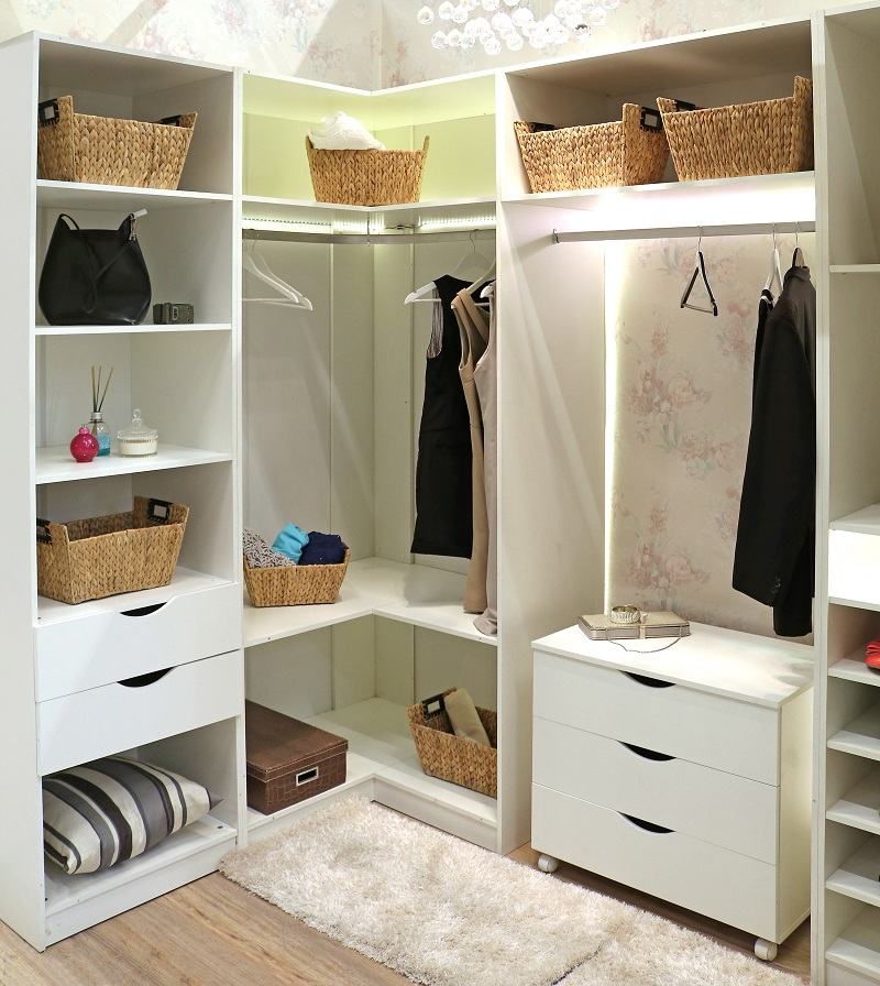 Voc pode conferir nossos ambientes e se inspirar para for Ideas para closets pequenos