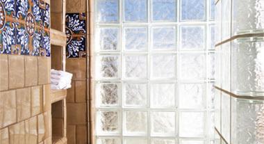 Como construir uma parede de blocos de vidro