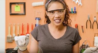 Como cortar vidro: passo a passo com Paloma Cipriano ensina a fazer um corte reto e seguro