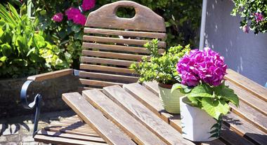 Como fazer manutenção em móveis de madeira