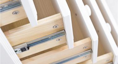 Como instalar corrediças de gaveta
