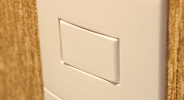 Como instalar interruptores e tomadas
