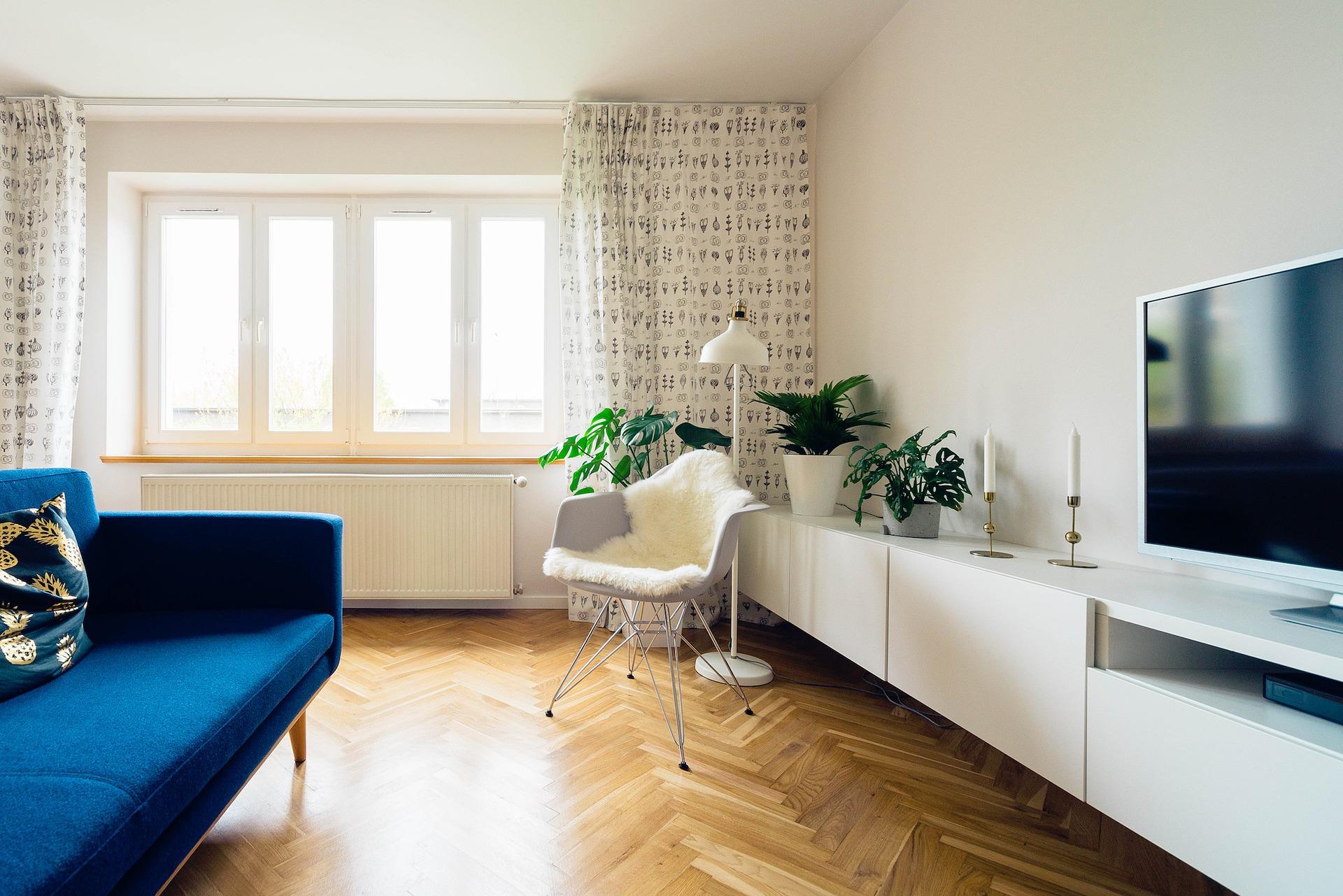 Como Fazer Uma Sala Pequena Parecer Maior Apenas Com Tinta -> Cor De Parede Para Sala Clara