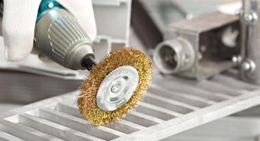 Conheça as funções das ferramentas e dos acessórios abrasivos