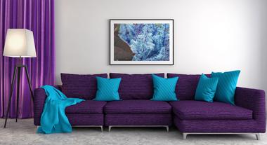 Cores de sofá 2018: veja quais peças vão ser sucesso no ano e o tom de parede ideal para combinar com elas