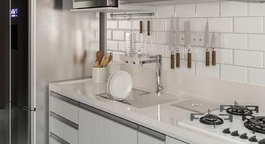 Cozinha pequena com pia de porcelanato