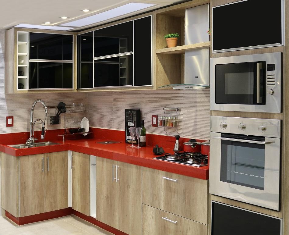 Cozinha planejada com alm rio preto e bancada vermelha - Colocar fotos en pared ...