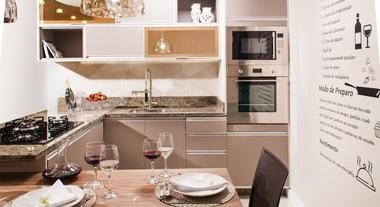 Cozinha Planejada Delínia: elegância e conforto
