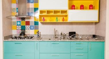 Cozinha planejada linha Nice da marca exclusiva Delínia