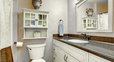 Decoração de banheiro pequeno: ideias para transformar o ambiente e aproveitar melhor o espaço