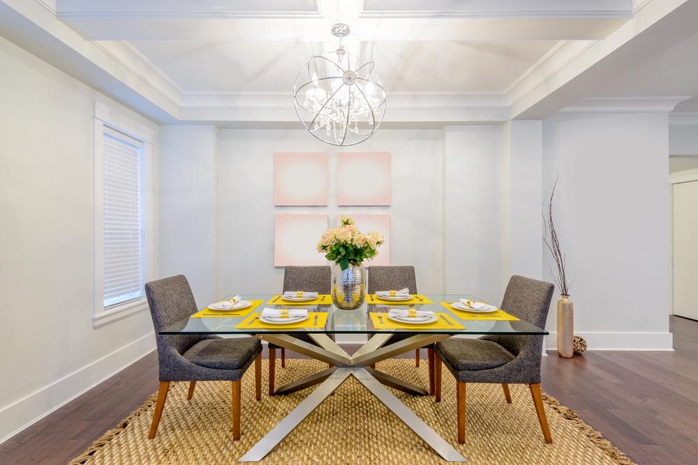 Decoração de sala: 5 dicas para acertar na escolha do tapete para a área de estar ou jantar