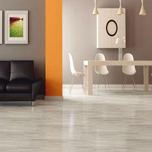 Descubra as diferen as entre pisos vin licos e pisos laminados for Pavimento vinilico adesivo leroy merlin