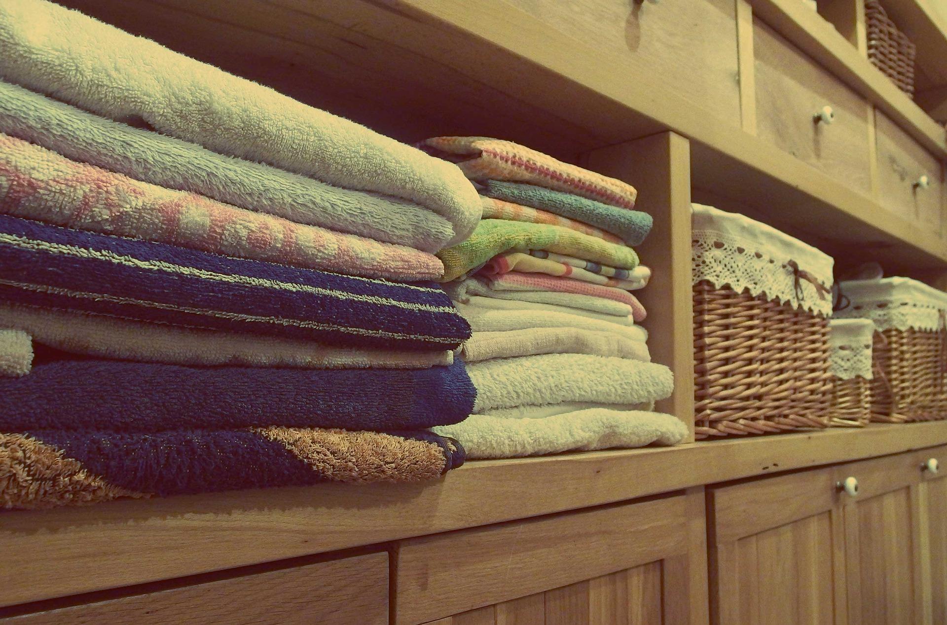 c50d128f5e Dicas para armazenar e organizar roupa de cama