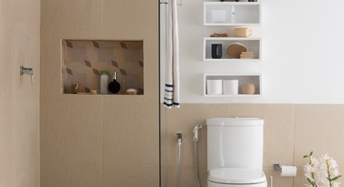 Economize água com o vaso sanitário com caixa acoplada