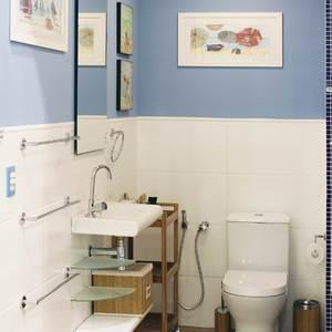 Banheiro com torneira temporizada