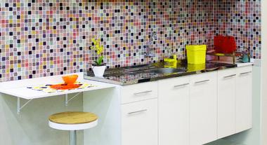 Eleja a pia de cozinha ideal para seu projeto