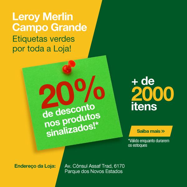 Etiquetas verdes por toda a Loja de Campo Grande