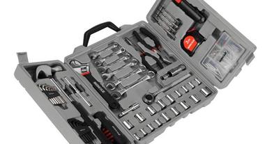 Faça pequenos reparos com os jogos de ferramentas