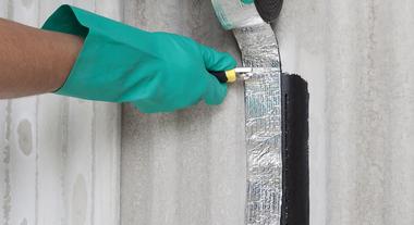 Fita asfáltica: impermeabilização rápida e eficaz