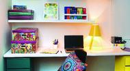 Home office com gaveteiros