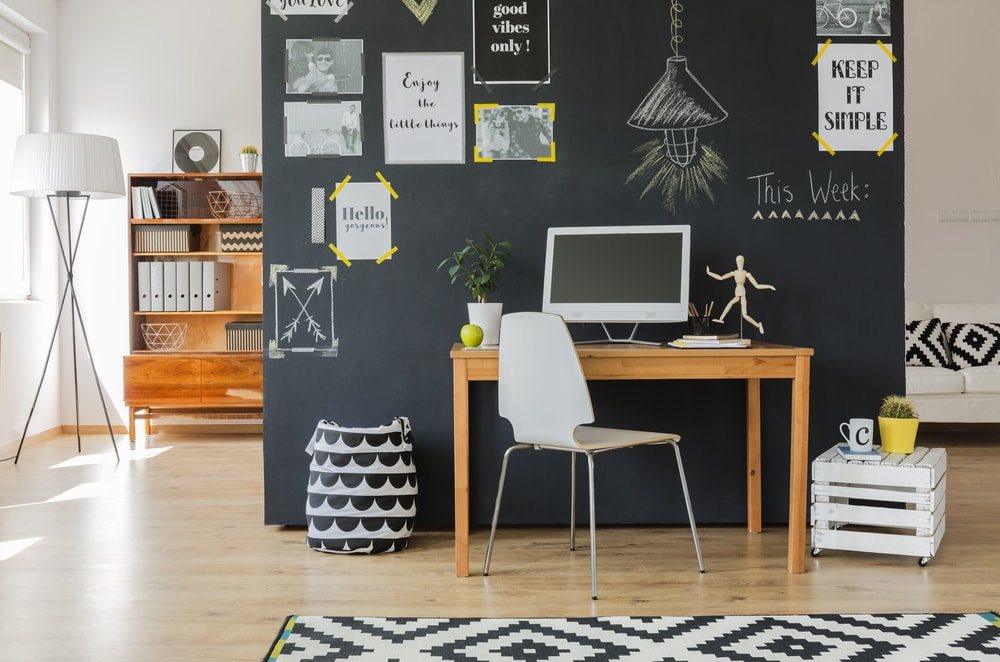 Home office pequeno: como montar um espaço funcional e organizado para trabalhar em casa