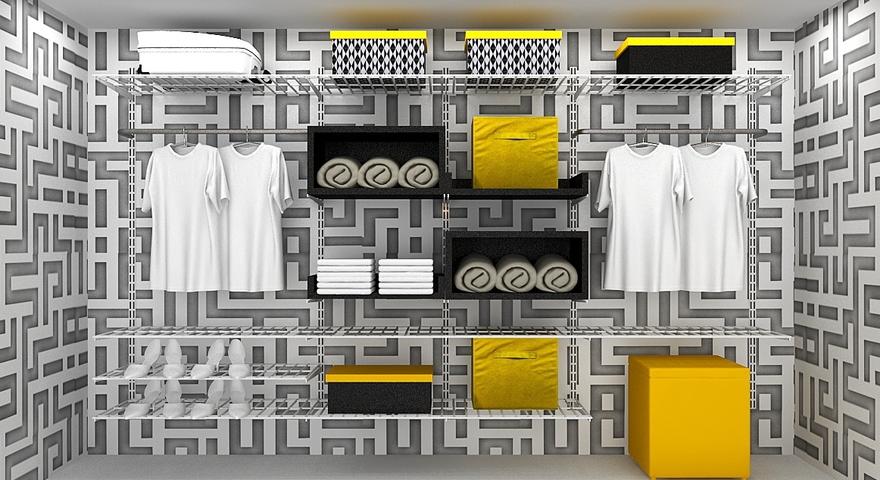 Closet com caixas organizadoras