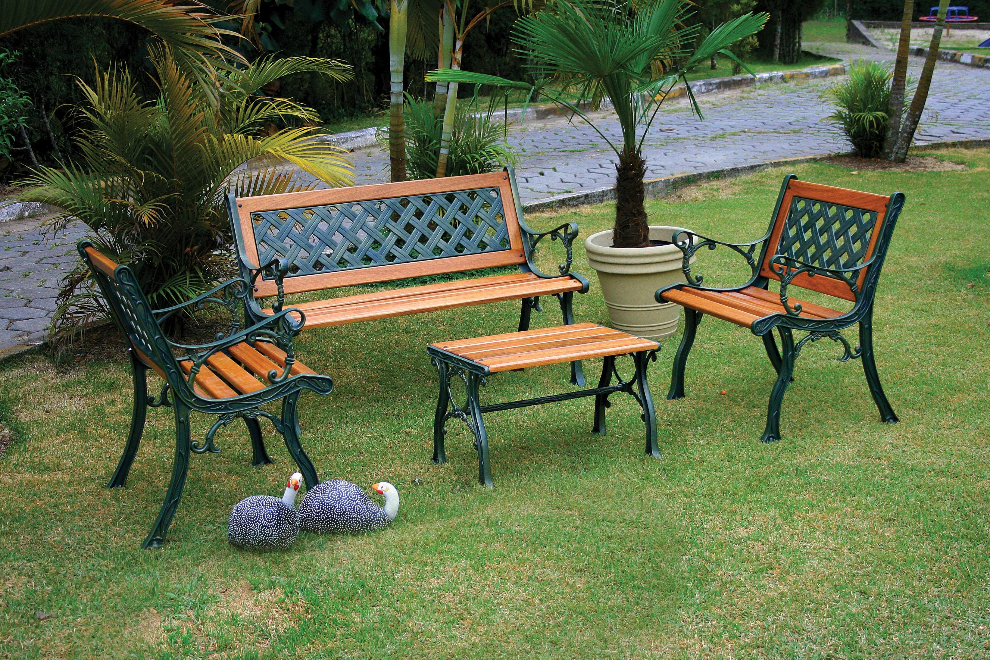 Jardim Grande Com Moveis De Aluminio E Madeira Leroy Merlin