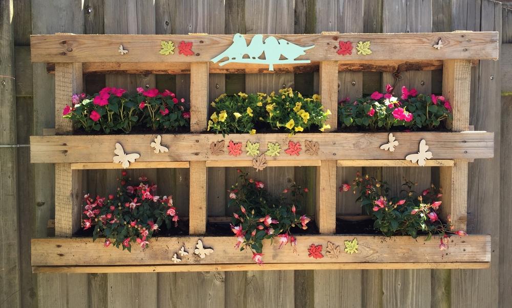 Favoritos Jardim suspenso com paletes de madeira: passo a passo OY12