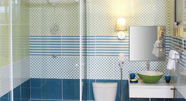 Lixeiras mantêm banheiro limpo e organizado
