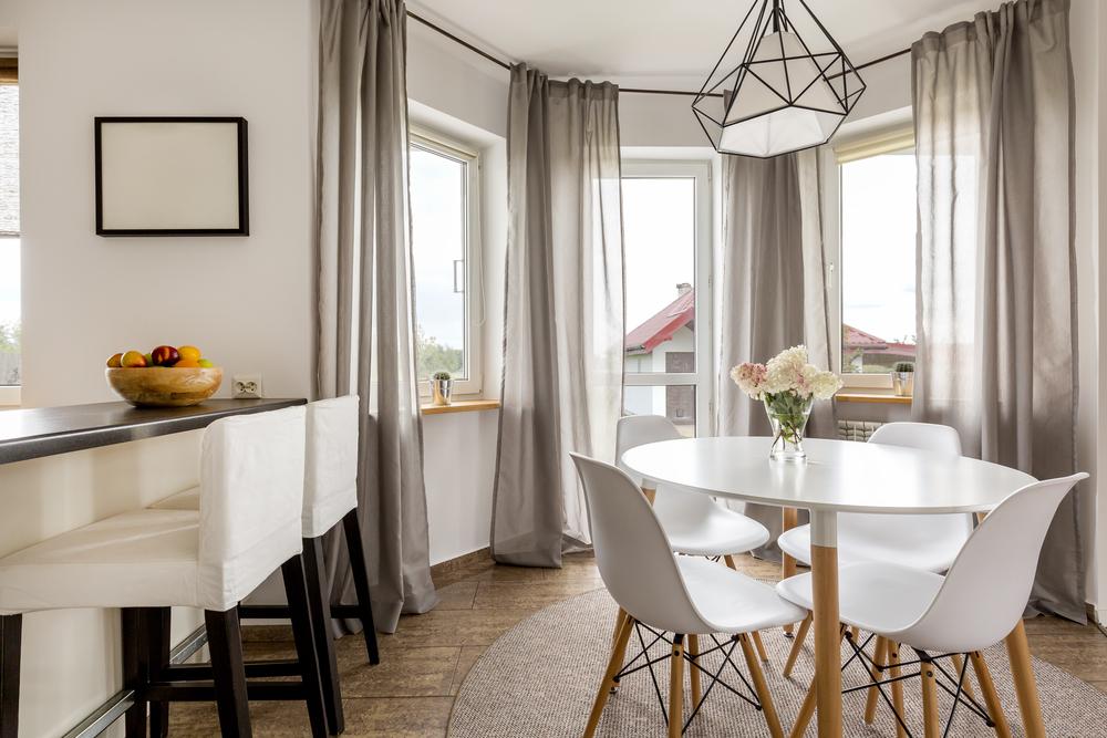 Qual o melhor modelo de mesa para cada tipo de sala de - Mesas redondas modernas ...