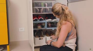 Organizador de sapatos, cestos e ideias nada comuns: Rafa Oliveira ensina a organizar os sapatos