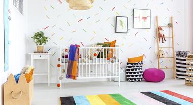 Papel de parede, cama e enfeites: como aproveitar a decoração do quarto do bebê quando ele cresce?
