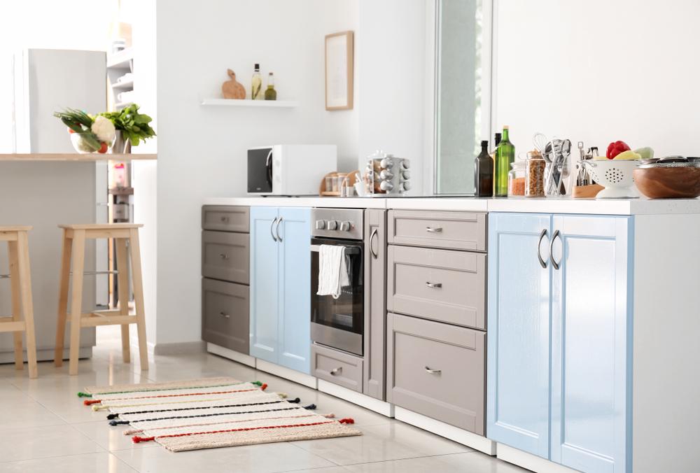 Passadeiras: 3 ideias de como usar esse tapete para banheiro ou cozinha harmonizando com a decoração