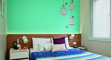 Quarto com decoração turquesa