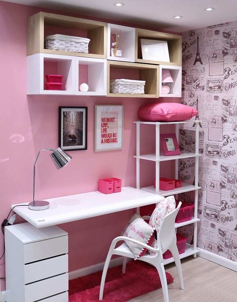 Quarto feminino pequeno decorado com papel de parede - Papel para paredes baratos ...
