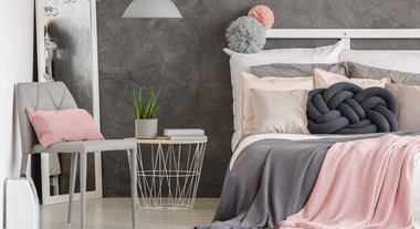 Quarto rosa e cinza é tendência: veja como fazer na sua casa sem deixar o cômodo infantil e aprenda a levar essas cores até para sala e banheiro