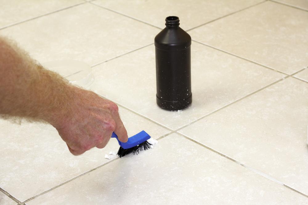 como remover rejunte do piso